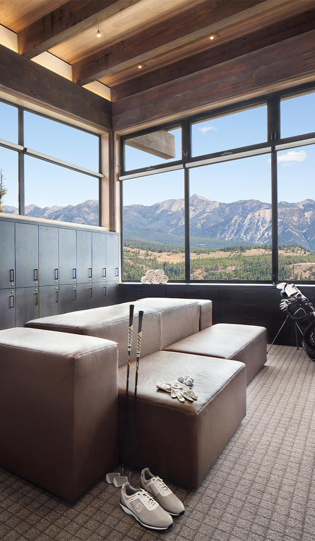 Yellowstone_Golf_Clubhouse_Project_Vertical_narrower_1